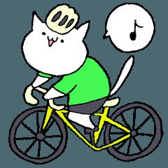 ロードバイクな白いねこ